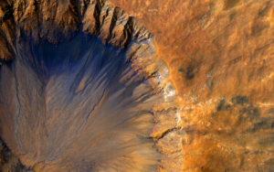 mars-mro-orbiter-fresh-crater-sirenum-fossae-br2